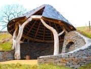 Caradocs Hideout - Groesfaen - Wales - Exterior - Humble Homes