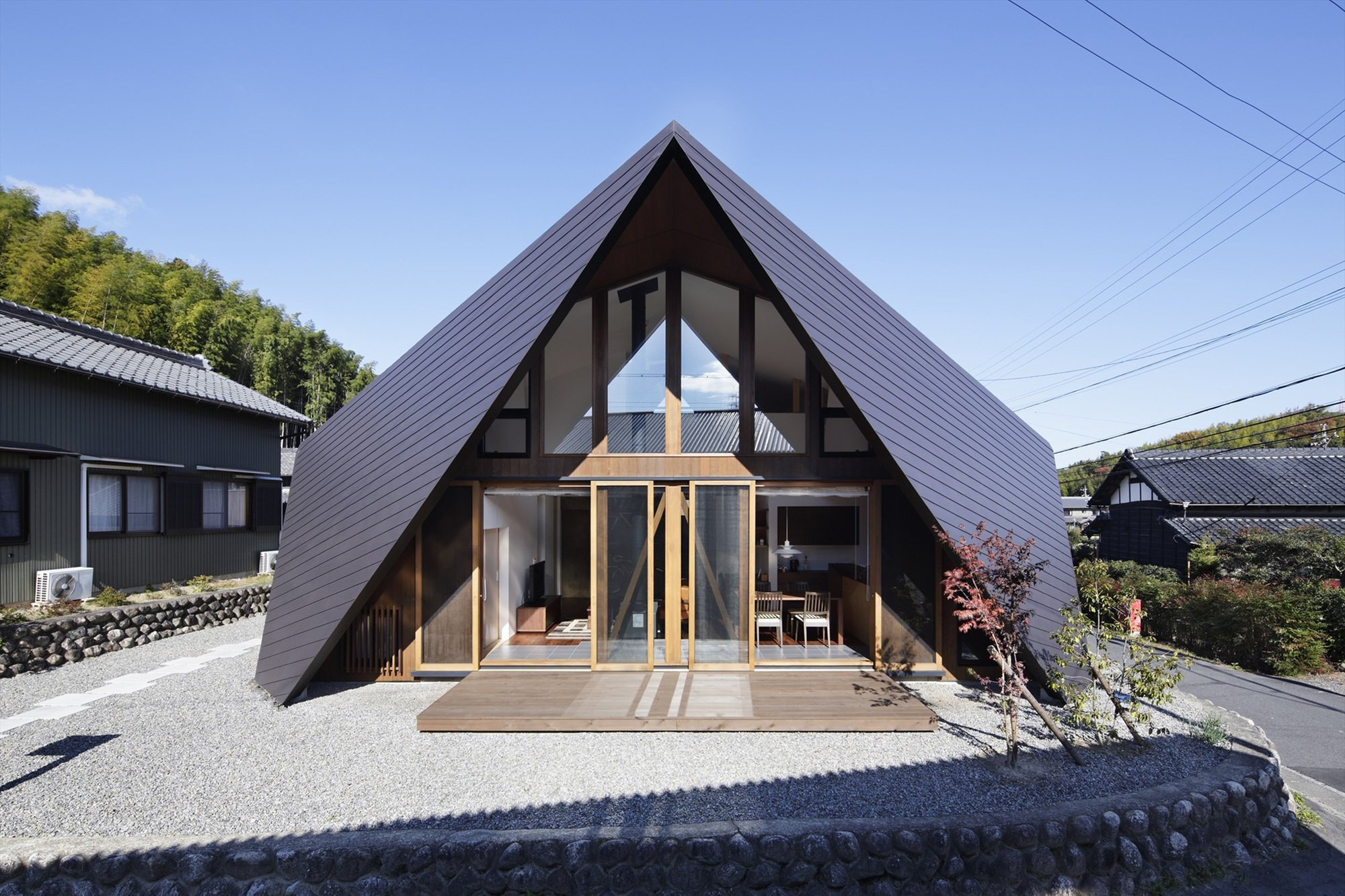 Holiday Origami - TSC Architects - Mie - Japan - Small House - Exterior - Humble Homes
