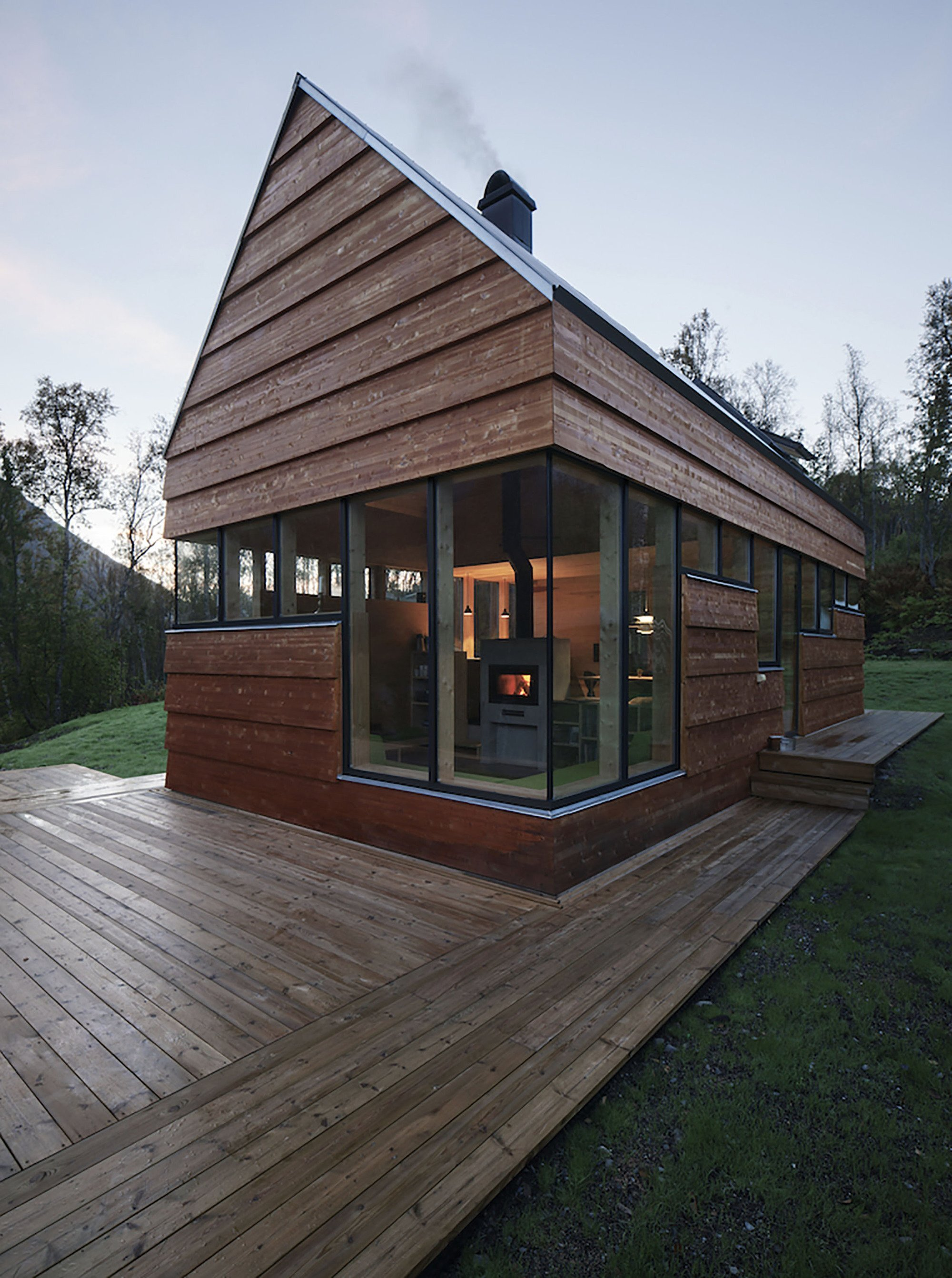 Small Cabin In The Woods By Septembre Architecture