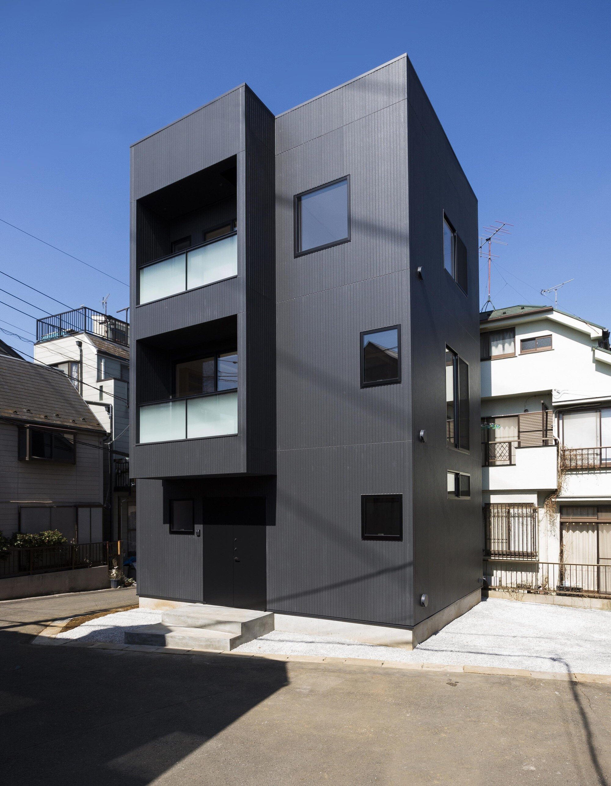 Hibarigaoka S House Makes The Most Of A Small Lot