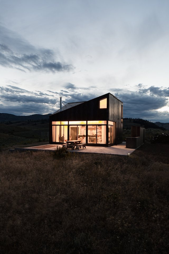 House Small Cabin Jesse Garlick Vancouver Exterior Humble