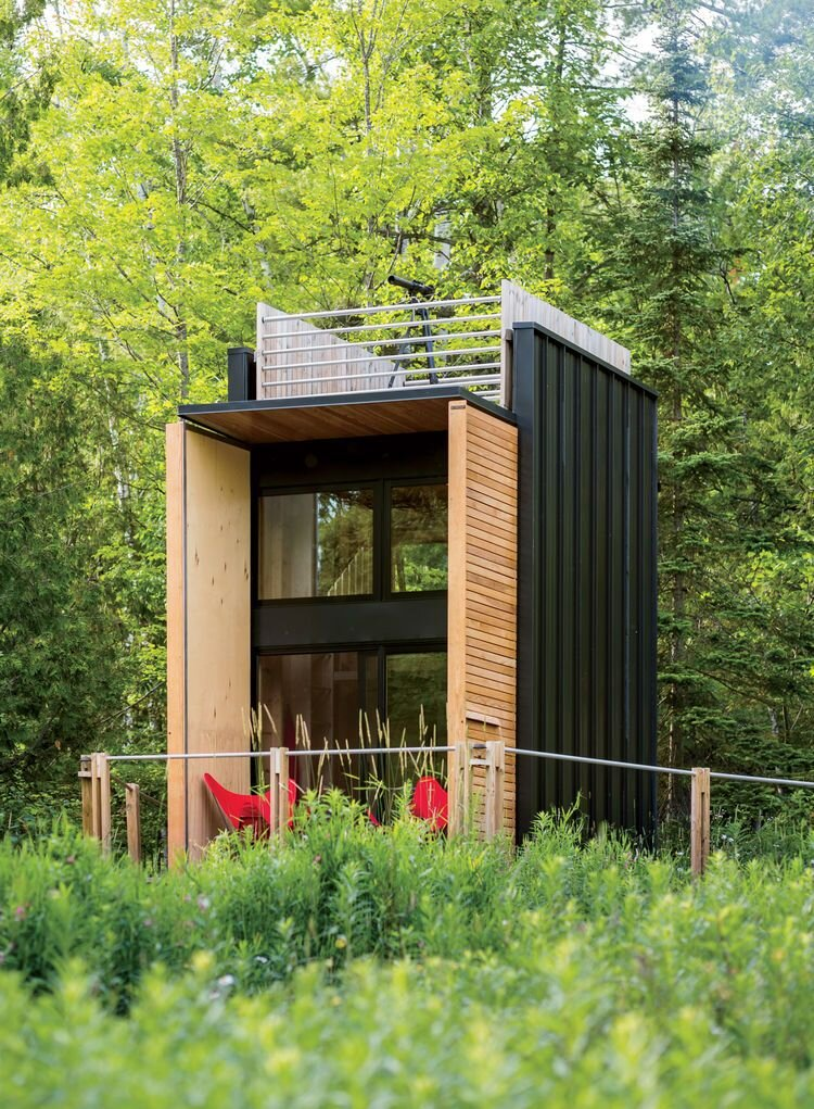 Scott newkirk 39 s new york cabin in the woods for Modern mini homes
