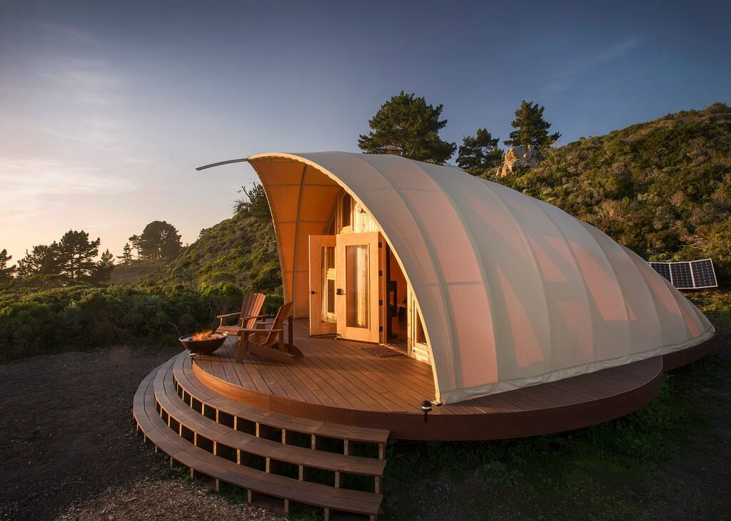 Autonomous tent a luxurious off grid getaway set along Tent a house