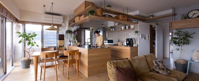 Nionohama Apartment House Renovation - ALTS Design Office - Japan - Kitchen - Humble Homes
