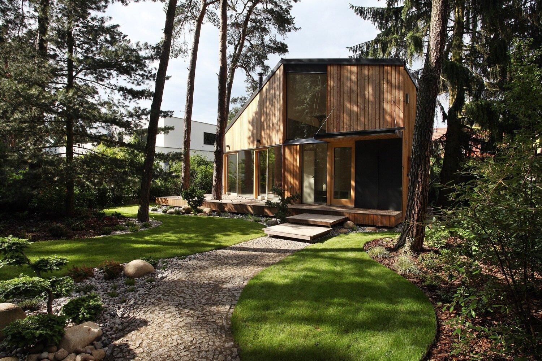 Atelier-Klánovice-Prodesi-Czech-Republic-Exterior-Humble-Homes