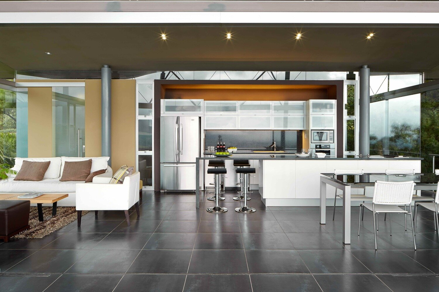 Room-and-Ficus-Cañas-Arquitectos-Costa-Rica-Kitchen-Humble-Homes