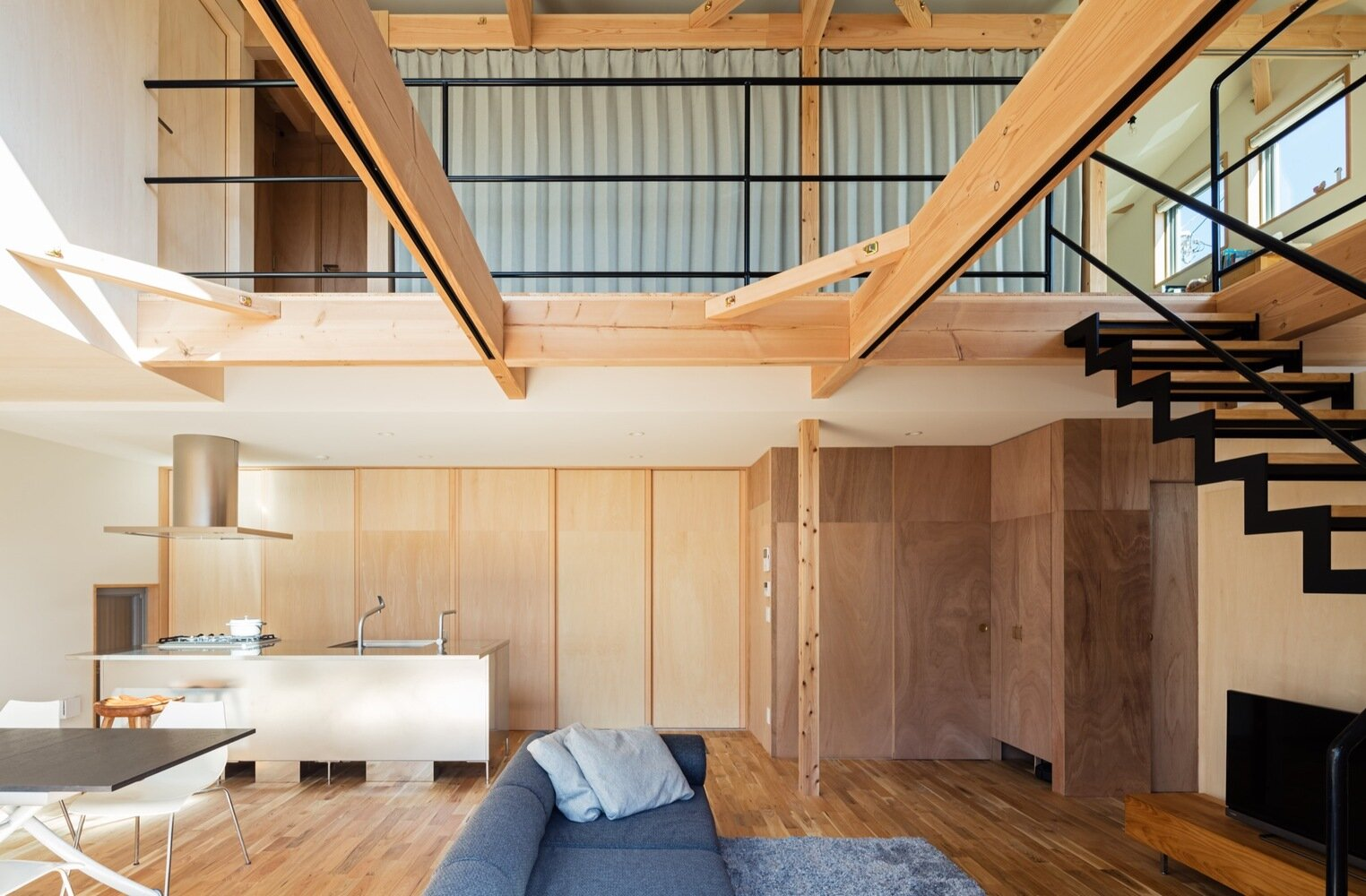 S-House - Coil Kazuteru Matumura Architects - Japan - Living Room - Humble Homes