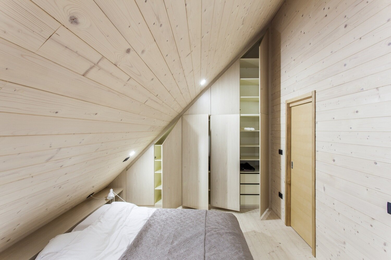 The Wooden House studio PIKAPLUS Slovenia Bedroom Humble Homes