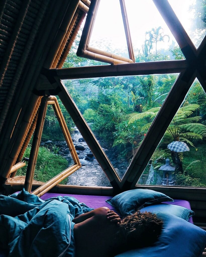 Hideout-Jarmil-Lhoták-Alena-Fibichová-Indonesia-4-Humble-Homes