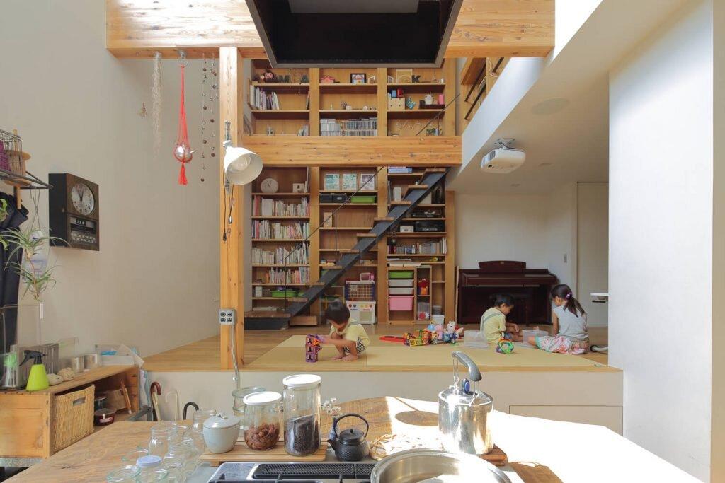 House-in-Tokushima-FujiwaraMuro-Architects-Japan-00-Humble-Homes