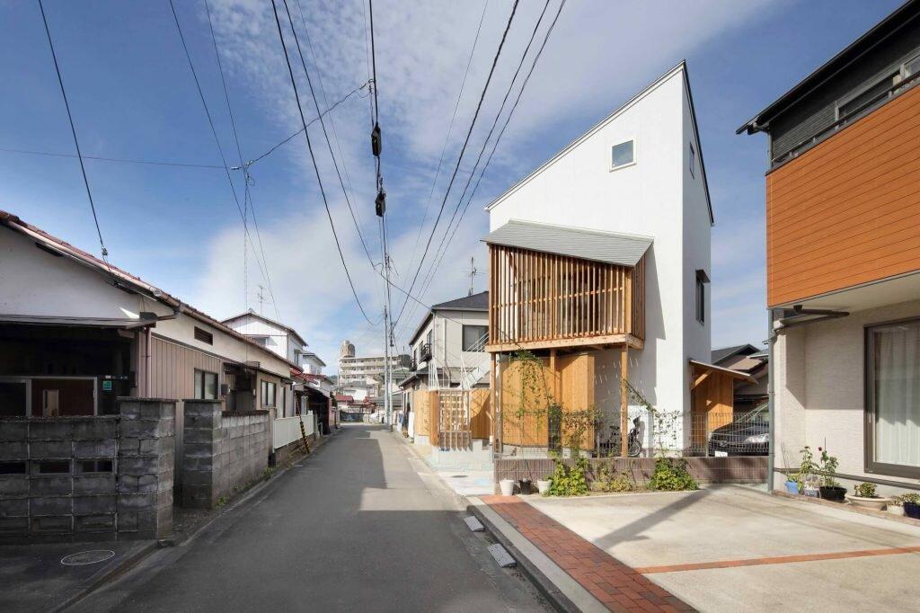 /House-in-Wakabayashi-Hiroto-Suzuki-architects-and-associates-Japan-0-Humble-Homes