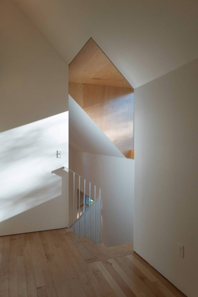 House-on-Adeline-Street-Yale-School-of-Architecture-United-States-3-Humble-Homes
