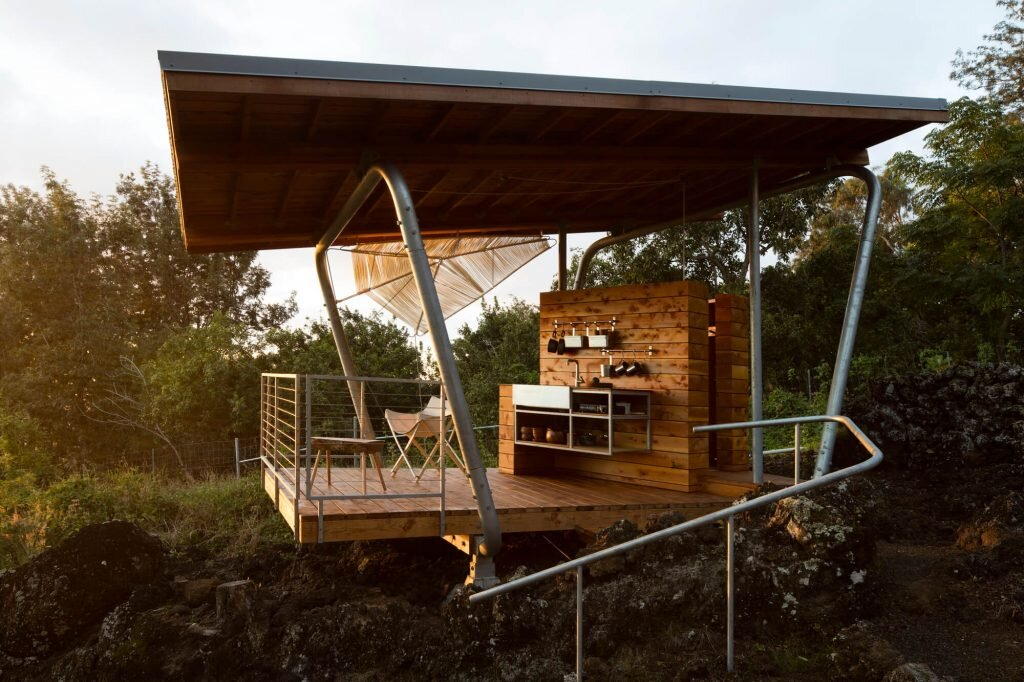 Outside-House-FLOAT-Architectural-Research-and-Design-United-States-0-Humble-Homes