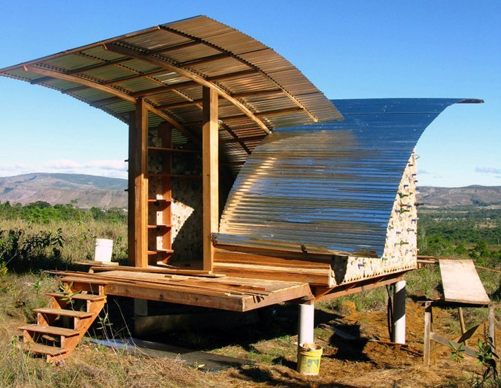 Eco cabanas in venezuela an alternative sustainable dwelling for Eco house builders