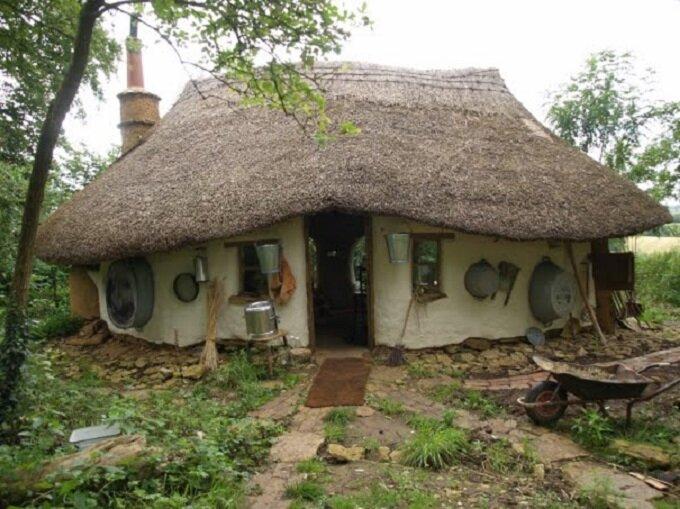 Michael Bucks Small Cob Cottage Cost Just 250