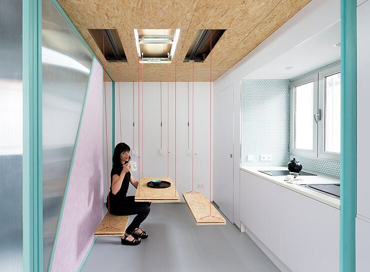 Small Attic Apartment in Madrid by Elii Architects