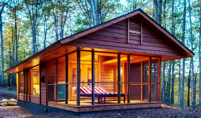 ESCAPE RV Canoe Bay - Rustic Eco Retreat - Small House - Humble Homes