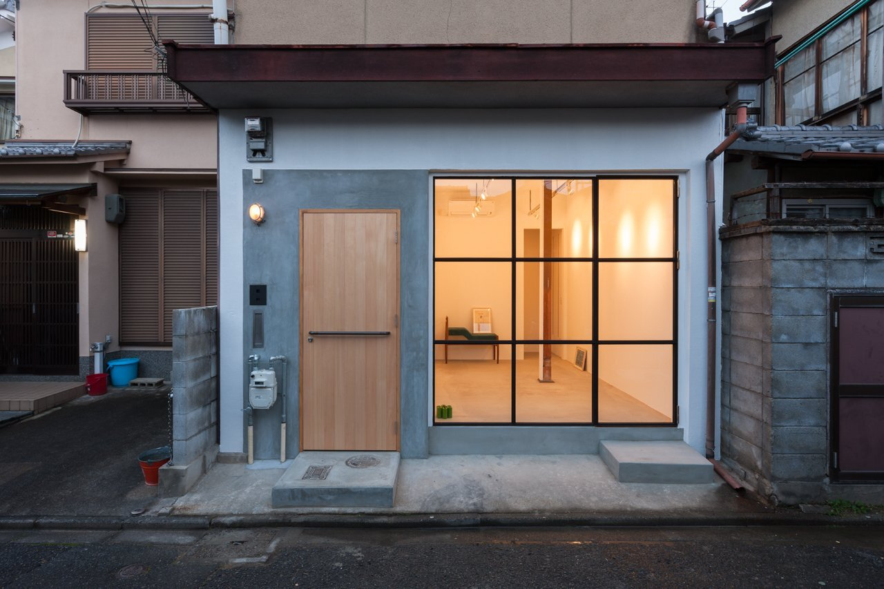 1920\'s House Restored into a Modern Home by Shimpei Oda
