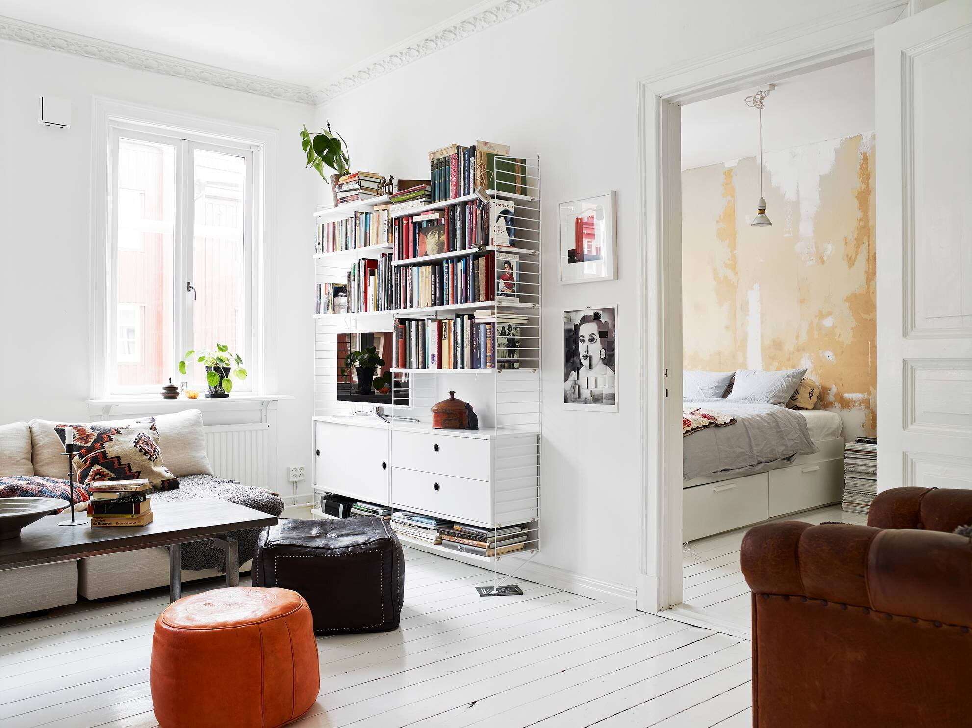 Göteborg Apartment Focuses on Comfort & Style