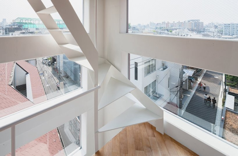 yamate street house from tokyo by unemori