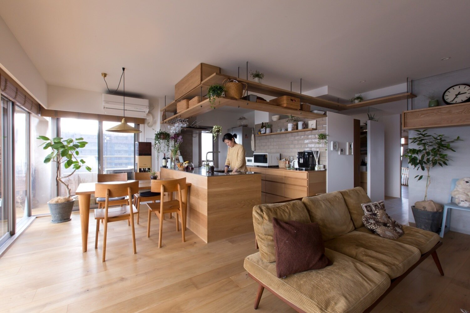 A Contemporary Apartment For People And Cats By ALTS Design Office