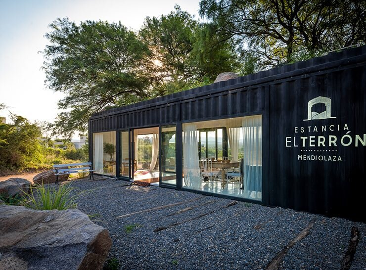 Shipping Container Conversion - BAP Arquitectura - Argentina - Exterior - Humble Homes