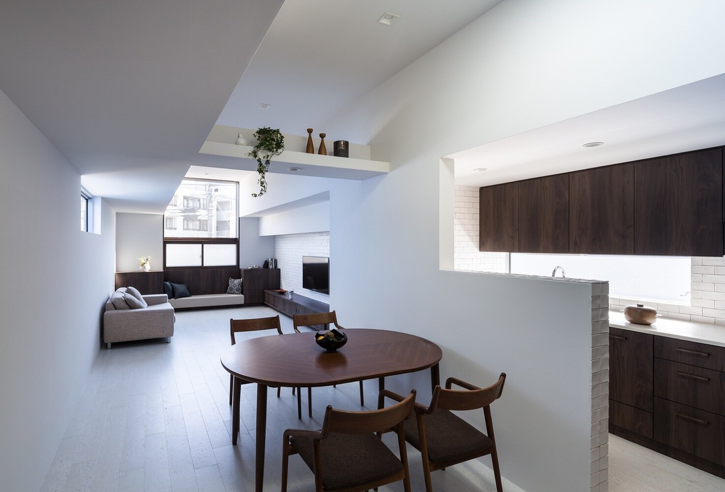 Adorable House - FORM Kouichi Kimura Architects - Japan - Living Room - Humble Homes