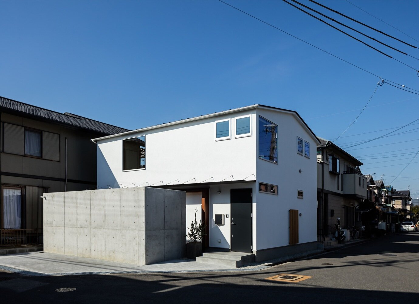 S-House - Coil Kazuteru Matumura Architects - Japan - Exterior - Humble Homes