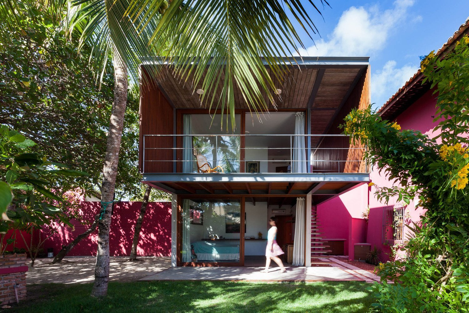 modern guest house. Delighful House House In Lauro De Freitas Jamelo Arquitetura Brazil Exterior Humble Homes Intended Modern Guest C