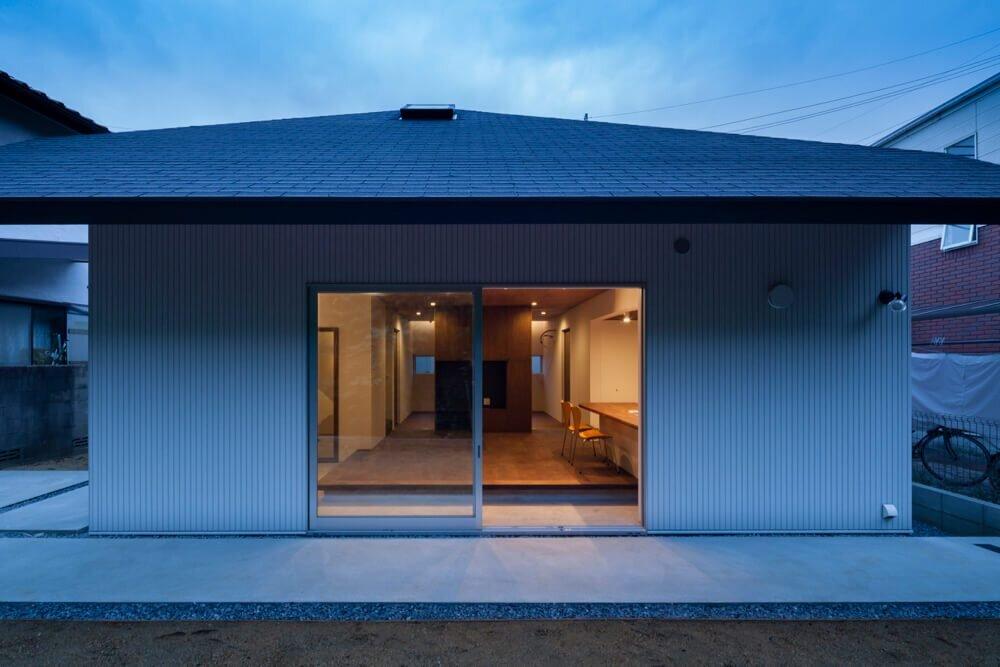 House-in-Hoshigaoka-Shogo-ARATANI-Architect-amp-Associates-Japan-7-Humble-Homes
