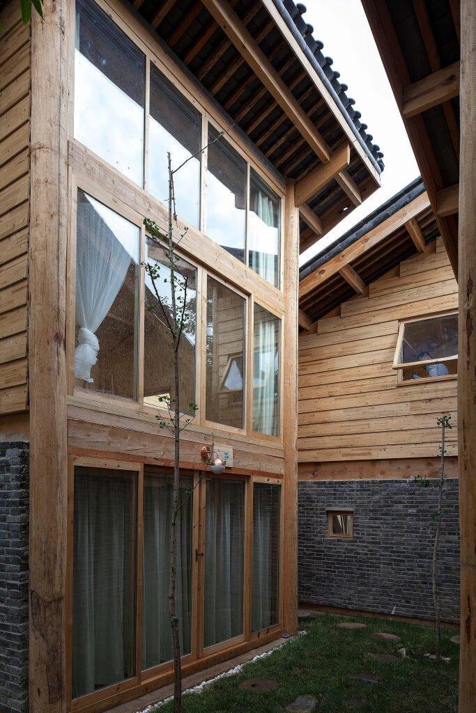 Baisha-Old-Town-Retreat-Atelier-GOM-Atelier8-China-1-Humble-Homes