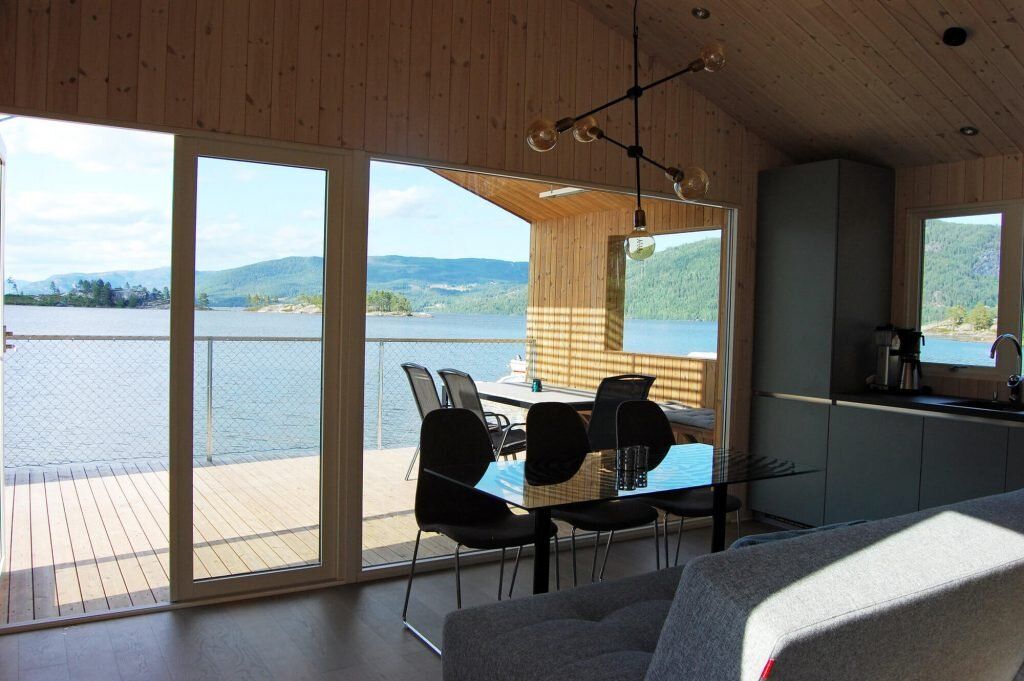 Nisser-Micro-Cabin-Feste-Landscape-Architecture-Norway-4-Humble-Homes