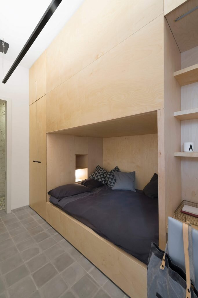 Long-and-Slender-XS-Studio-for-compact-design-Israel-1-Humble-Homes