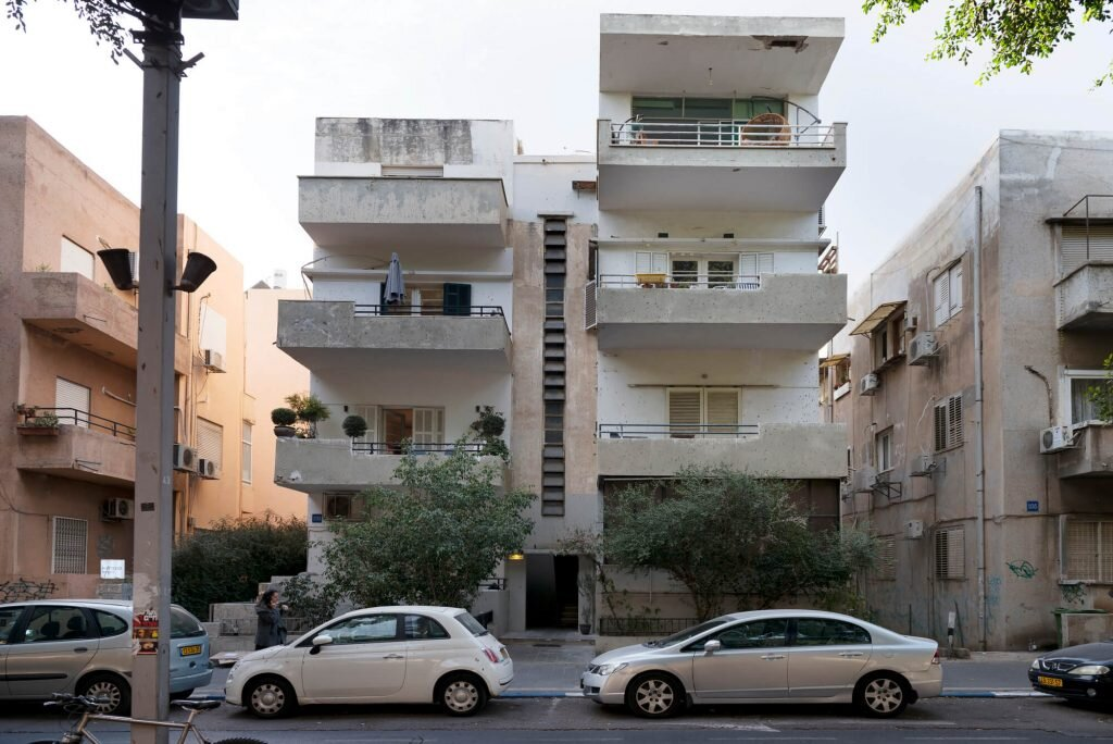 A Listed Apartment In Tel Aviv Gets A Modern Makeover For