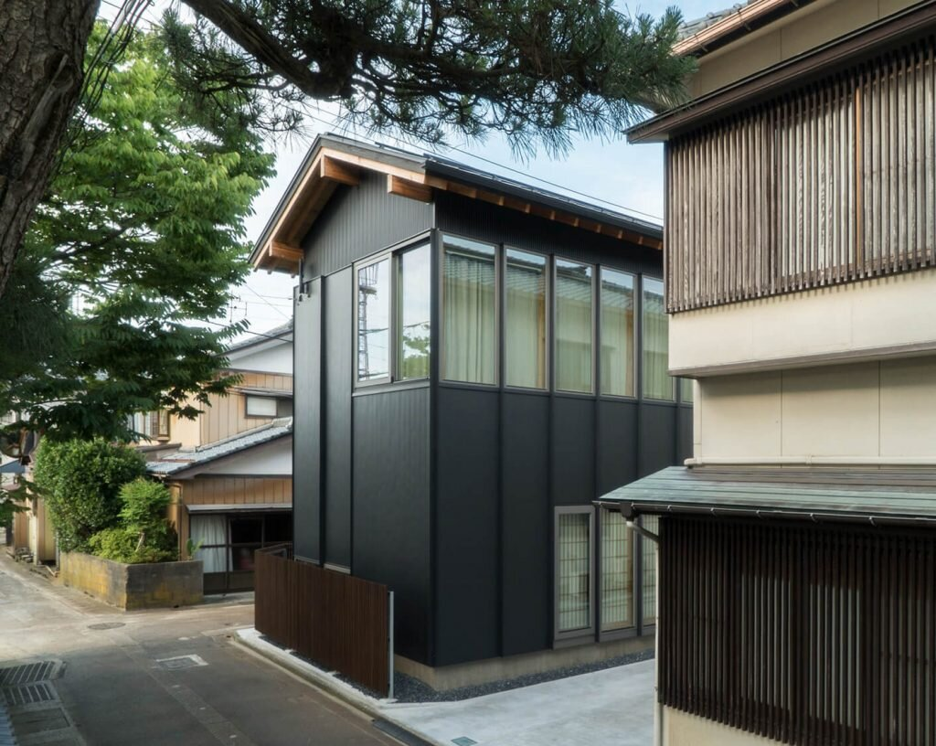 Housing-Complex-TM-Schenk-Hattori-Japan-2-Humble-Homes