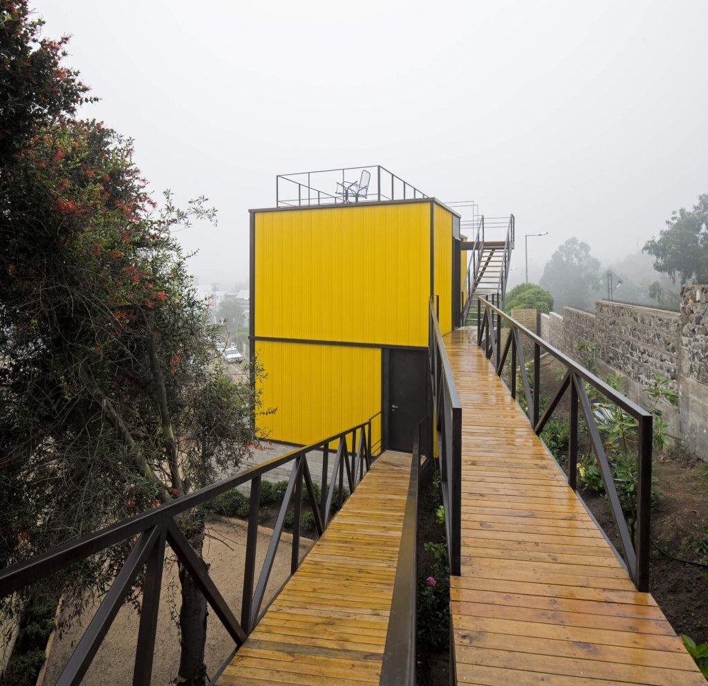 Yellow-House-Aguilo-amp-Pedraza-Arquitectos-Chile