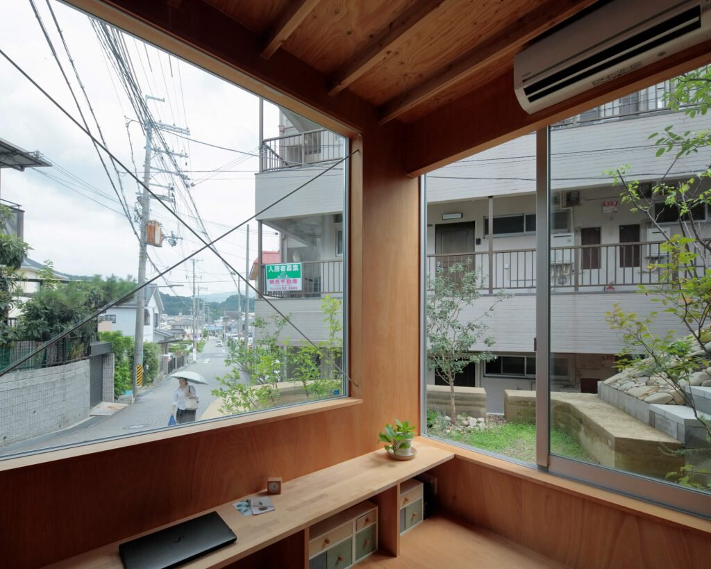 Mushroom-House-SPACESPACE-Japan