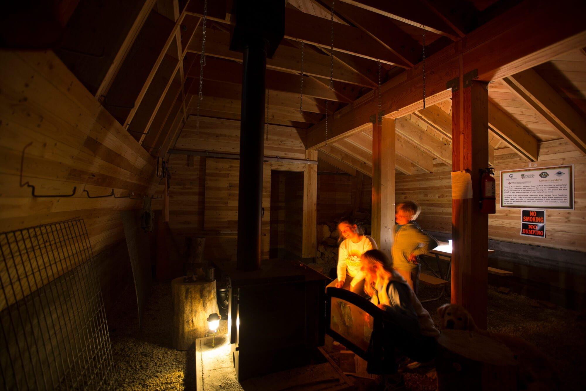 Moose-Creek-Warming-Hut-University-of-Idaho-Design-Build-Program-United-States-14