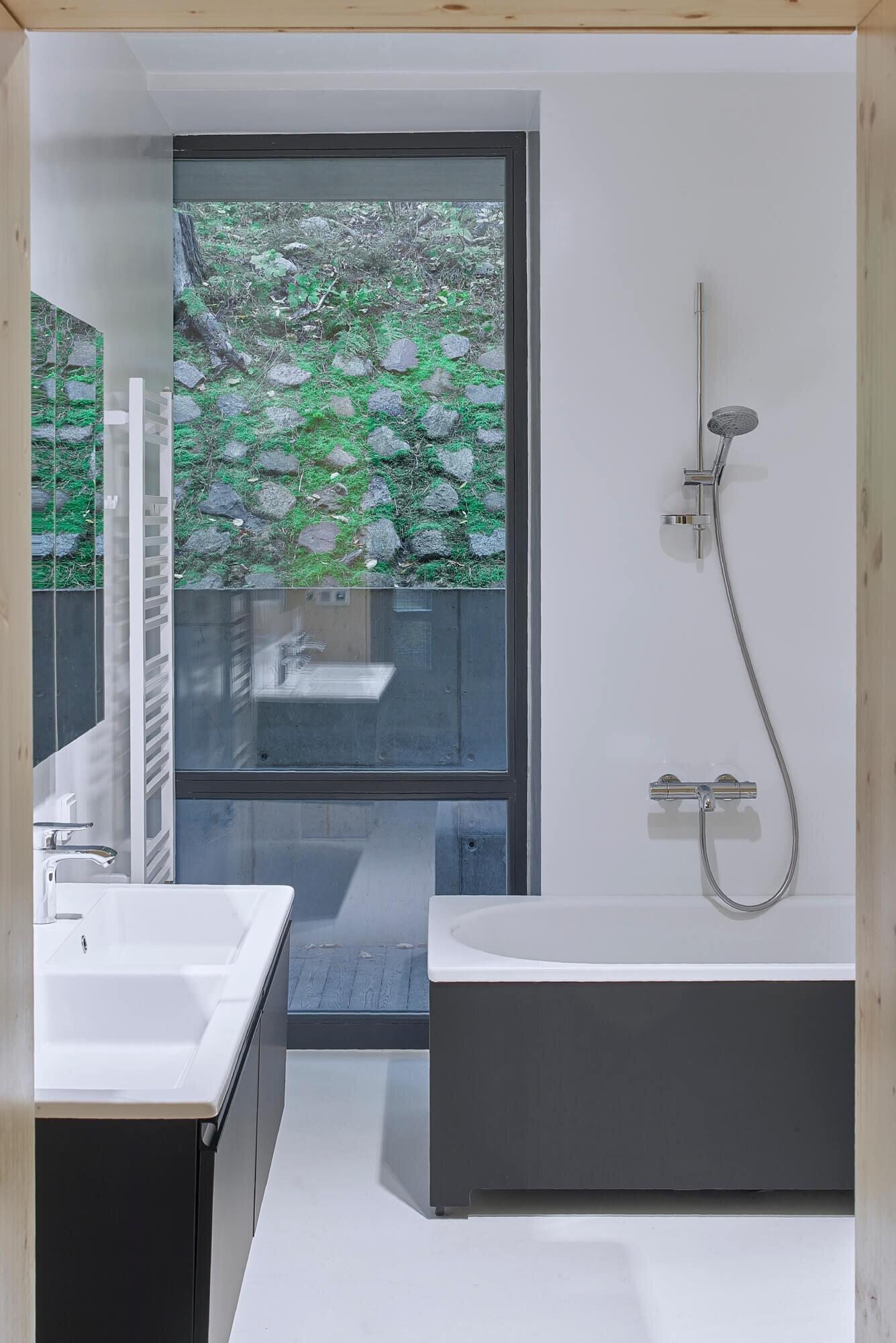 A-House-in-Rasu-Namai-Inblum-Architects-Lithuania-16
