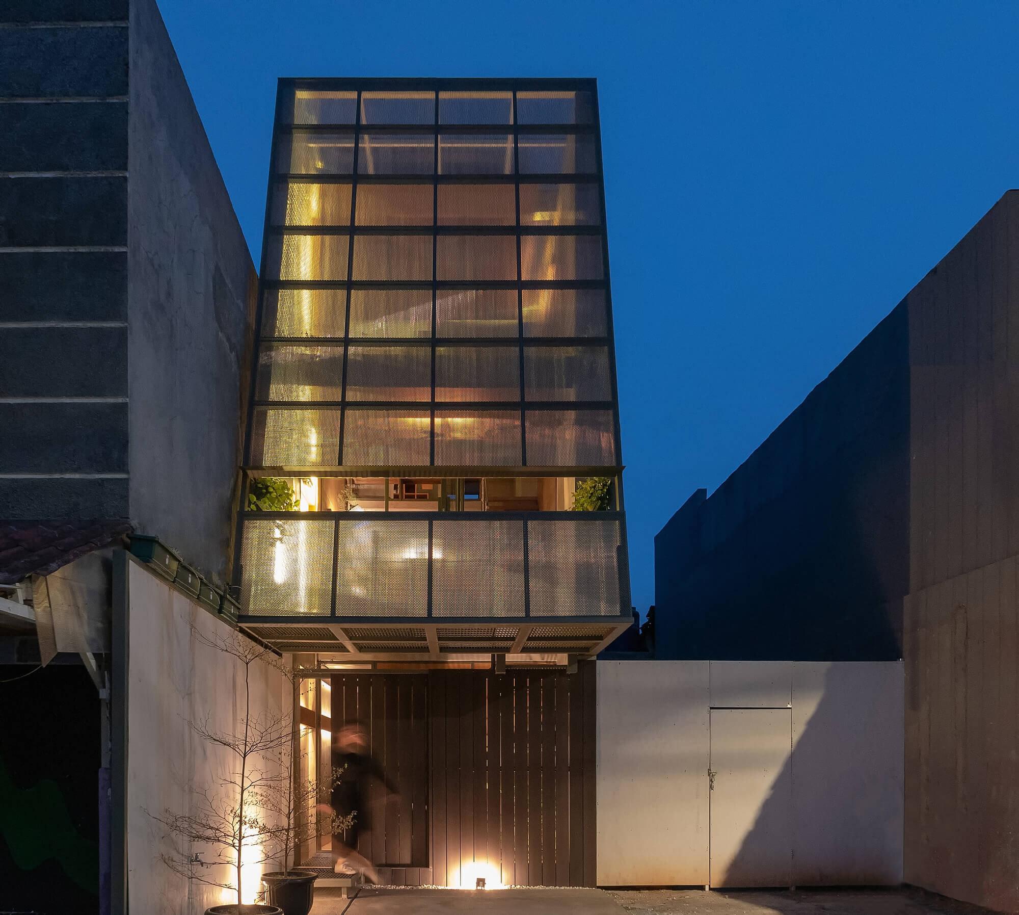 3500-Millimetre-House-Ago-Architects-Indonesia-0