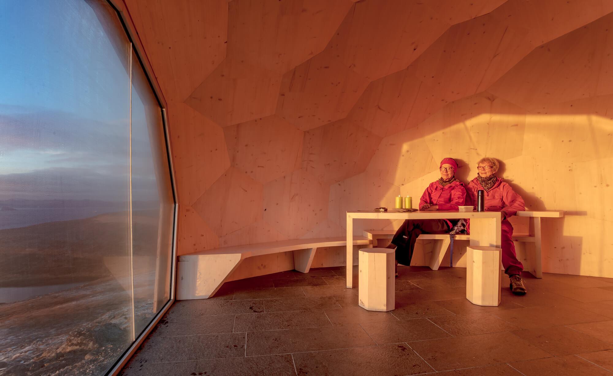 Hammerfest-Hiking-Cabins-SPINN-Arkitekter-Norway-4