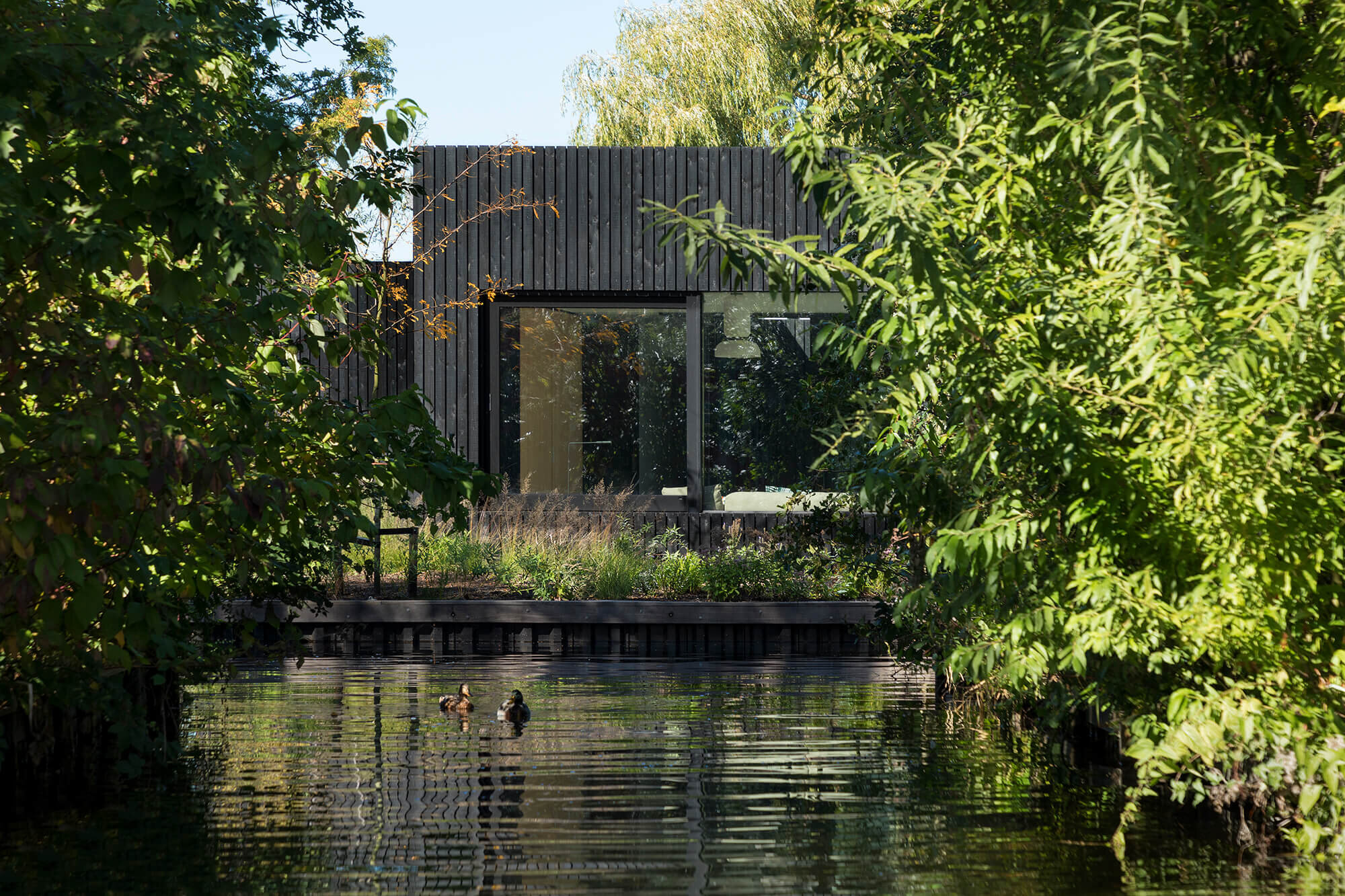 Tiny-Holiday-Home-Chris-Collaris-The-Netherlands-13