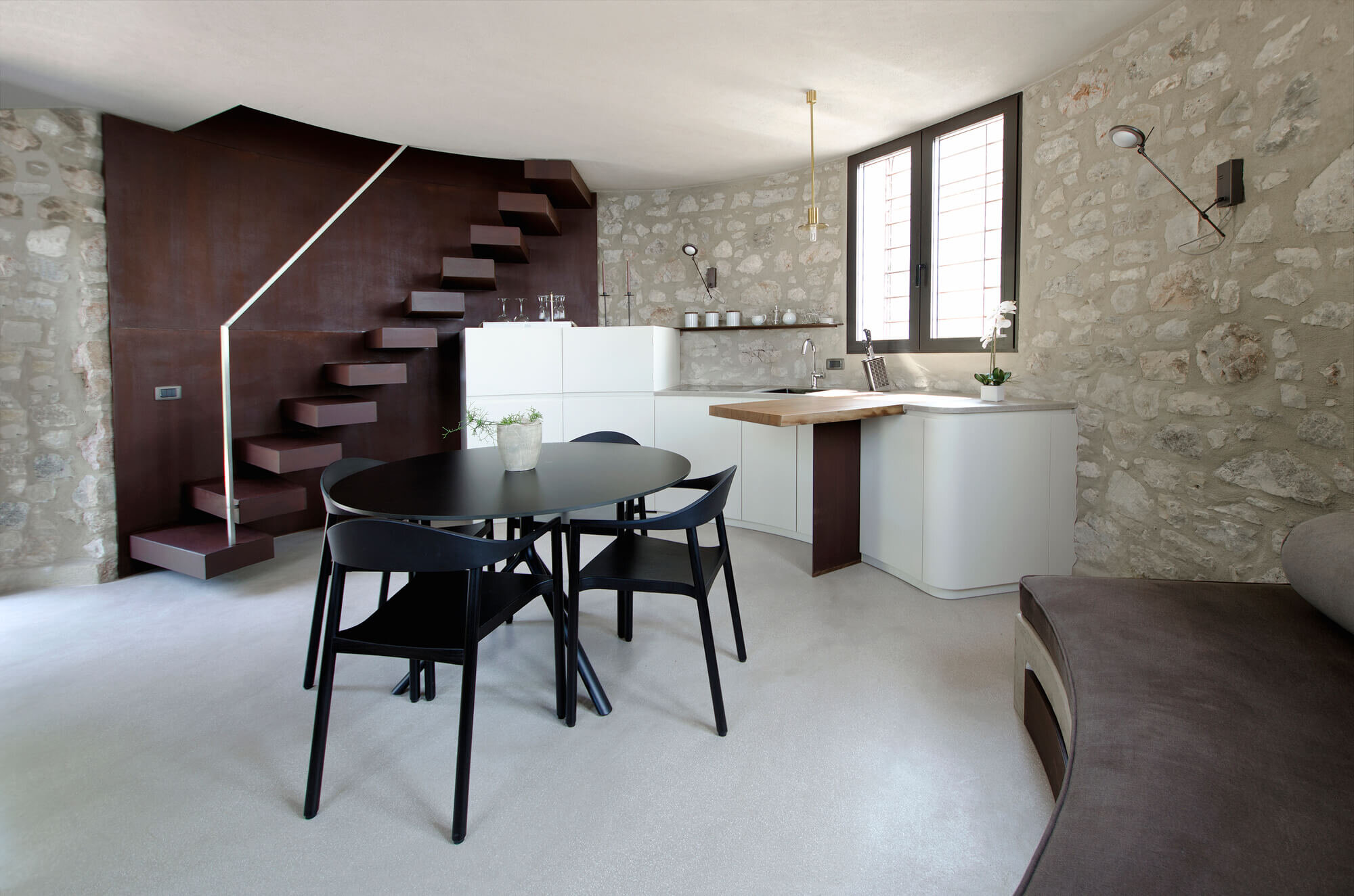 A-New-Life-for-a-Little-Tower-studio-aledolci&co-Italy-0