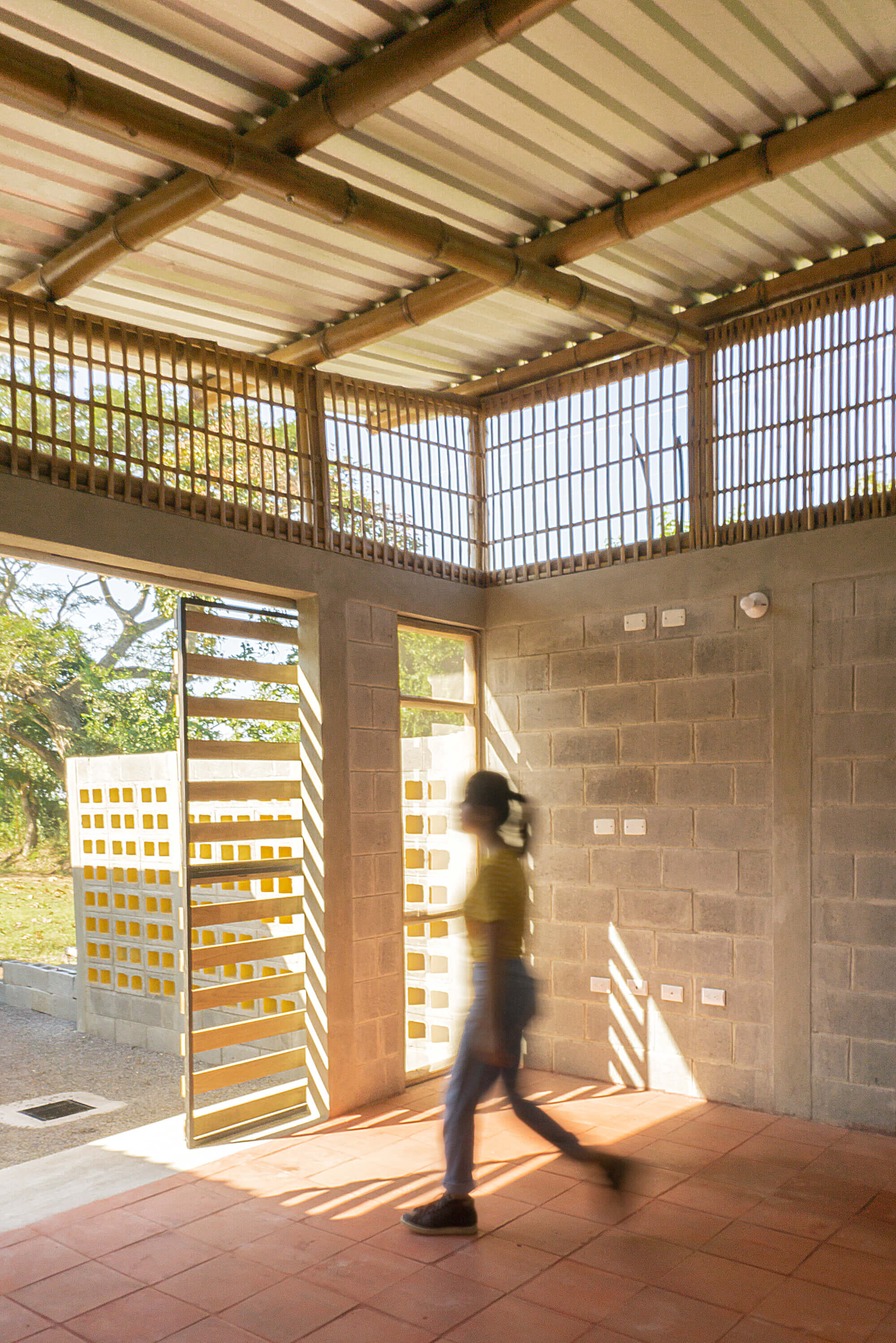 DEOC Arquitectos Create a Prototype for Low-Cost Social