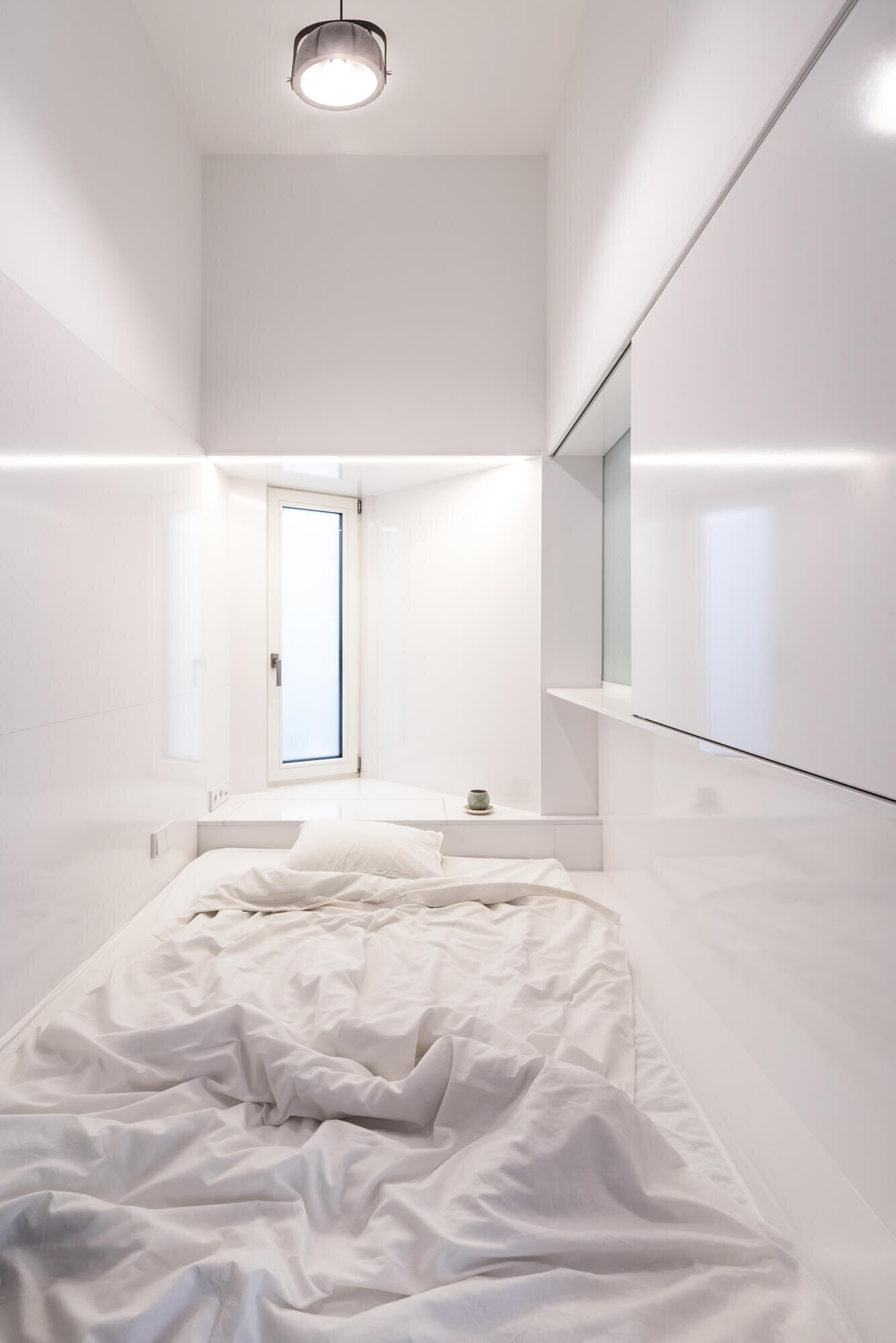 Translucent-spaces-batlab-architects-Hungary-2