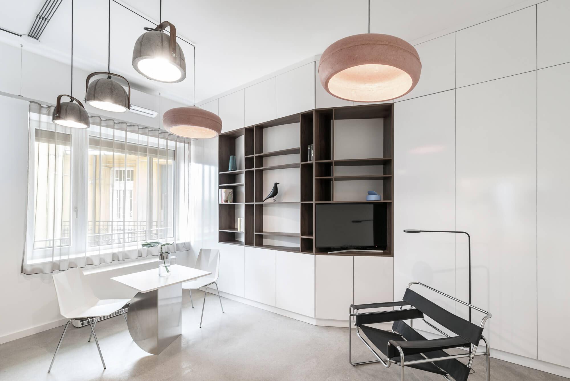 Translucent-spaces-batlab-architects-Hungary-4